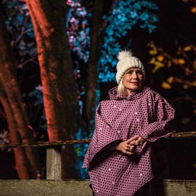 lifestyle-photography-fashion-poncho-lyme-regis-dorset