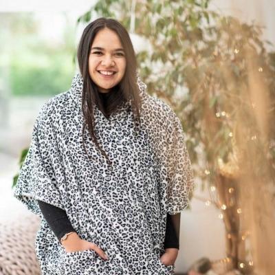 poncho-fashion-professional-photographer-lifestyle-product-ponchella