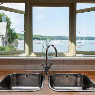 professional-proprty-photography-devon-kitchen-view